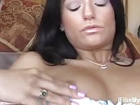 Black haired Latina spreads out for fingering