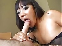Asian chick do blowjob and handjob