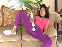 Latina masturbates making her pussy squirt