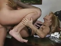 Office manager fucks his secretary