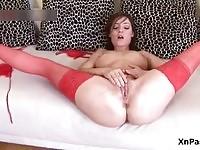 Horny babe fingering