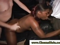 A real ebony amateur in anal and group sex!