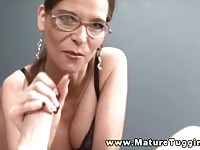 Sexy mature with glasses gets a nice facial