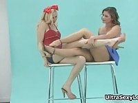 Hot babes exposin their sweet long legs