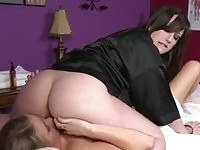 Two beautiful babes having oral sex