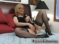 Blonde mum playing with her pussy while teaching sex lessons