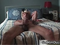Horny guitar player jerking off on webcam.
