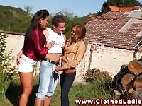 Kinky%20lesbo%20show%20for%20carpenters.