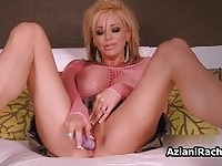 High heeled blonde beauty toying and toyed!