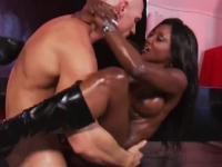 Deepthroating Mature Ebony And Fucked