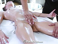 Stunning%20babe%20fucked%20on%20the%20massage%20table