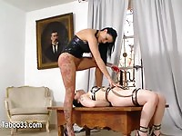 British%20femdom%20making%20the%20sub%20lick%20her%20wet%20pussy