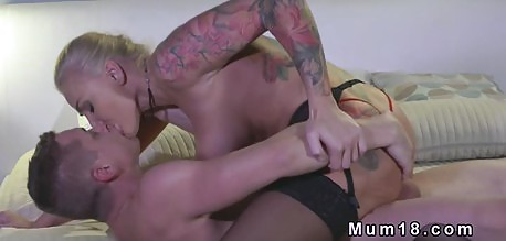 Sublime cougar in stockings fucked so sensually