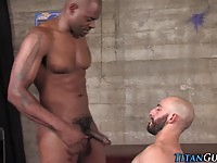 Bearded Dude Suck His Masseur Black Cock