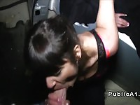 Amateur Czech hottie is a real slut for cash