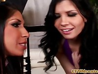 Two brunettes share a guys dong