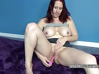 Solo wife tying in this video
