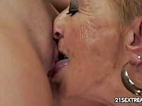 Blonde granny enjoying young cunt