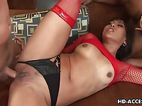 Exciting asian in double penetration!