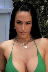 Pornstar Carmella Bing