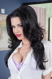 Pornstar Veronica Avluv
