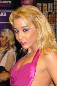 Pornstar Olivia Sainte